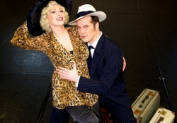 Probenfoto »Anything Goes«: Daniel Prohaska (Billy Crocker), Anna Montanaro (Reno Sweeney)